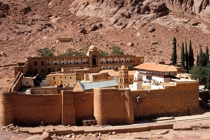Saint Catherine Day Tours