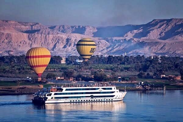 Egypt tour package Cairo, Nile Cruise & White desert