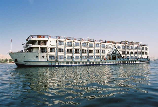 NILE CRUISE & THE PYRAMIDS 5 DAYS 4 NIGHTS