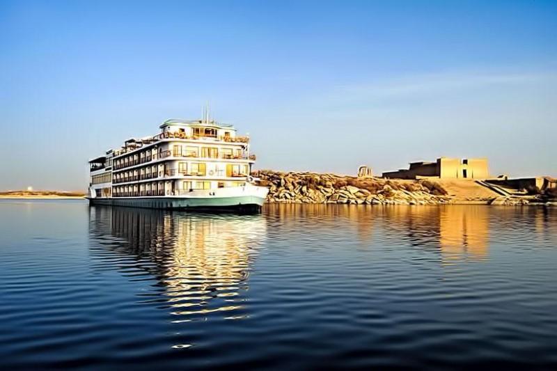 Abu Simbel Aswan Nile Cruise