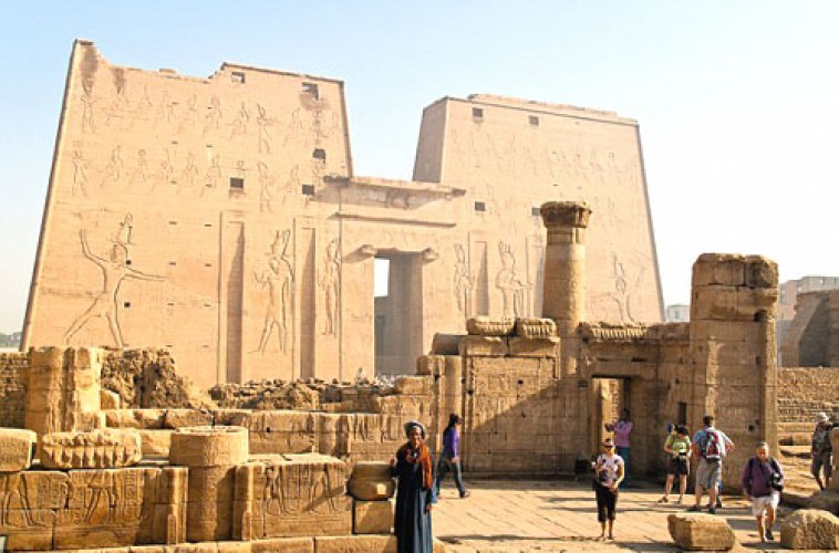 Extraordinary 5 Days Nile River Cruise from Luxor to Aswan