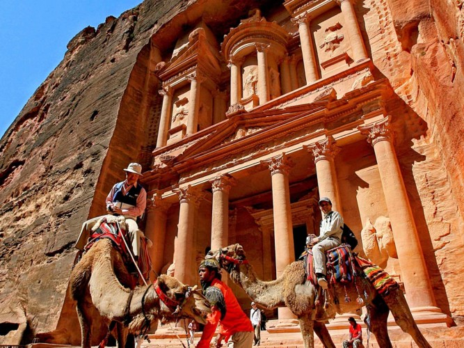 Petra in Traghetto da Sharm