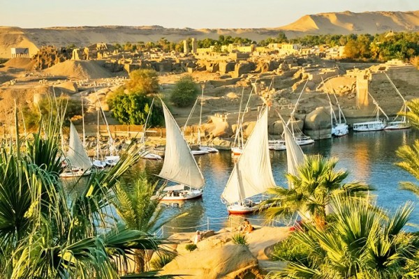 Pyramids and Abu Simbel Classic Tour