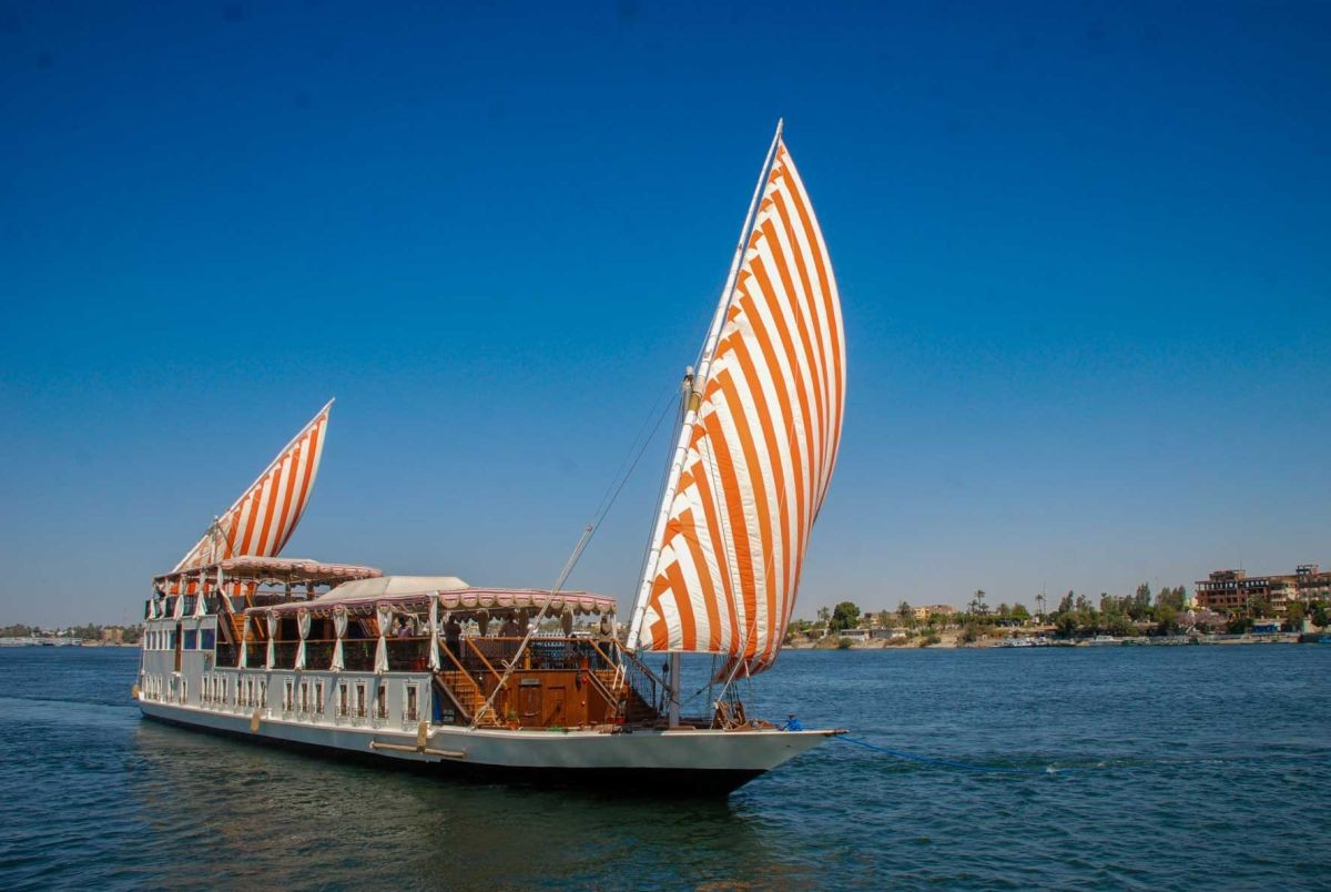 LAKE NASSER / 3 NIGHTS NILE CRUISE ASWAN-LUXOR