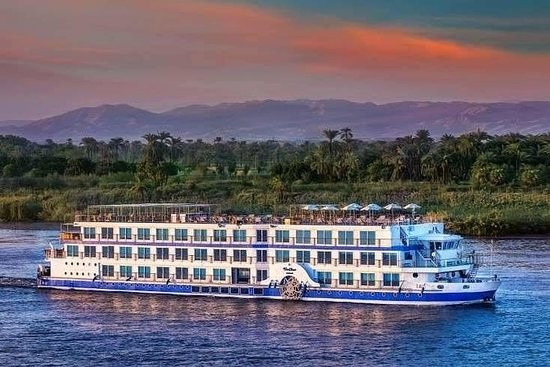 4 Nights Nile Cruise & 3 Nights Cairo